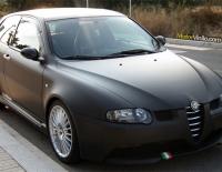 Alfa Romeo 147 GTA forrado con Vinilo negro mate 3M