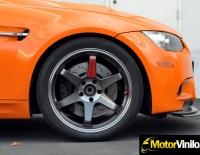 BMW con Vinilo naranja brillante