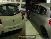 Antes y Después del forrado integral del Clio Sport con Vinilo titanio cepillado