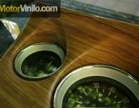 Salpicadero forrado en Vinilo efecto madera