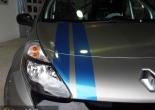 Clio Sport forrado integral con Vinilo titanio cepillado y franjas azul brillante
