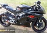 Yamaha R6 con detalles en Vinilo carbono