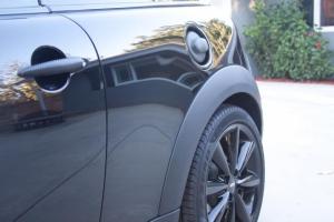 Maneta y tapa del depósito del Mini con Vinilo carbono