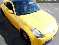 Nissan forrado integral con Vinilo amarillo brillante