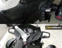 Antes y Después del forrado de las piezas de la Spyder con Vinilo Carbono